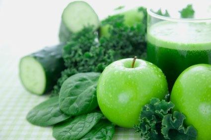 természetes gyümölcslevek méregtelenítésre és fogyásra)