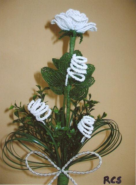 virággyöngyök)