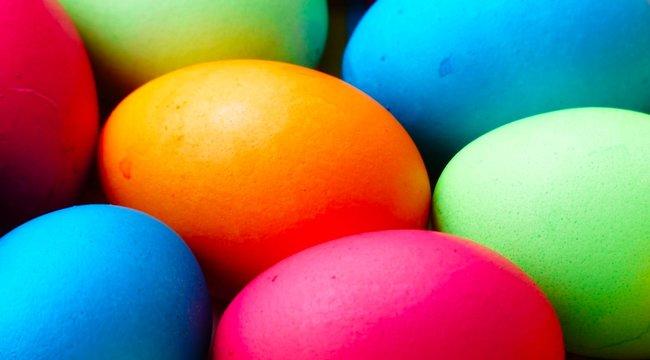 Főtt tojás pucolás hámozás egyszerűen | Fürjike