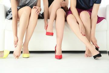 Fájdalmas lábujj jelent meg a lábujjai között